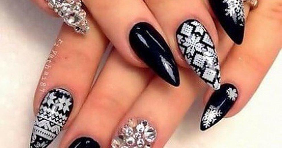 Elegancki manicure na święta